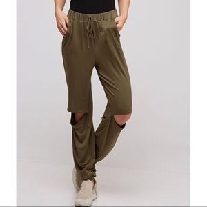 Pants - Stretch open knee casual pants